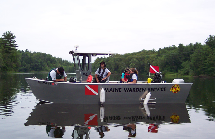 Maine Warden Service divers and Coop Unit conduct mussel survey on the Sebasticook River, Maine.
